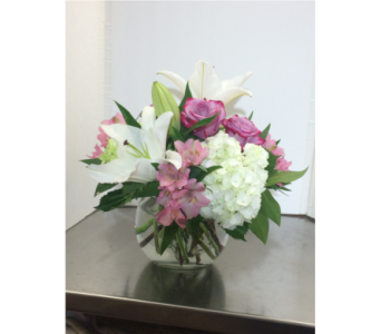 Fishbowl in Manhasset NY, Town & Country Flowers