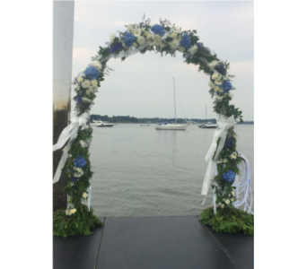 Wedding Arch in Manhasset NY, Town & Country Flowers