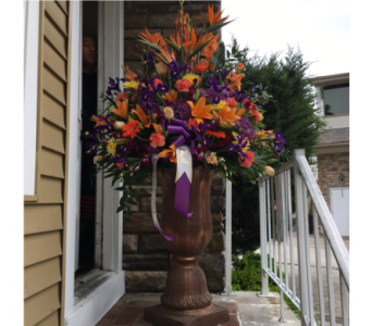 Large Urn 2 in Staten Island NY, Kitty's and Family Florist Inc.