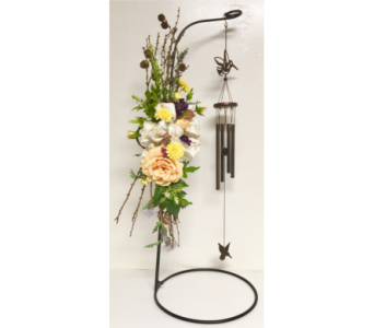 Hummingbird Wind Chimes w/Silk & Natural Accents in Wyoming MI, Wyoming Stuyvesant Floral