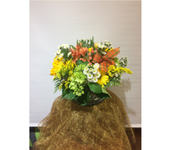 Fall Cylinder in Manhasset NY, Town & Country Flowers