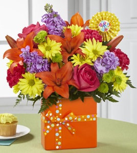 The Set to Celebrate� Birthday Bouquet in Sapulpa OK, Neal & Jean's Flowers & Gifts, Inc.