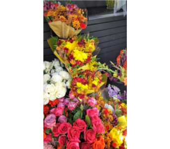 Seasonal Wrapped Flowers in Plymouth MI, Vanessa's Flowers