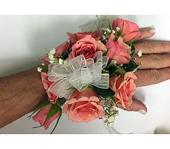 Wrist Corsage in Mobile AL, Cleveland the Florist