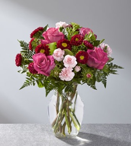 The Precious Heart� Bouquet in Sapulpa OK, Neal & Jean's Flowers & Gifts, Inc.