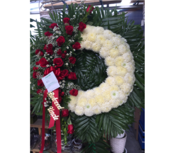 Custom Rose and Mum Tribute wreath in Staten Island NY, Evergreen Florist