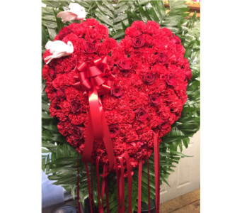 Custom Heart Spray in Staten Island NY, Evergreen Florist