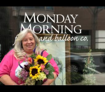 Donna in Princeton, Plainsboro, & TrentonNJ, Monday Morning Flower and Balloon Co.