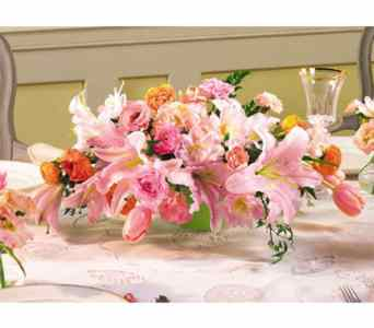 Pink and Peach Centerpiece in Kennebunk ME, Blooms & Heirlooms ��