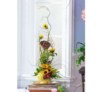 Vertical with Bird and Nest in Kennebunk ME, Blooms & Heirlooms ��