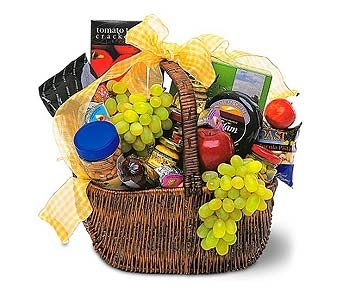 Gourmet Picnic Basket in Seattle WA, Topper's European Floral Design