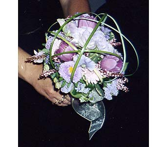 Bridal Bouquet in Sioux Falls SD, Country Garden Flower-N-Gift