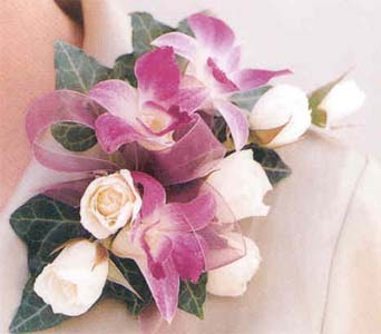 Corsage in Tuckahoe NJ, Enchanting Florist & Gift Shop