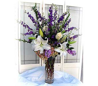 Soft & Elegent in Lake Forest CA, Cheers Floral Creations