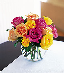 Multi-Colored Roses in Arlington Heights IL, Sylvia's - Amlings Flowers