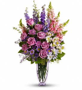 Steal The Show by Teleflora with Roses in Metairie LA, Villere's Florist