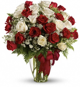 Love's Divine Bouquet - Long Stemmed Roses in Denton TX, Crickette's Flowers & Gifts