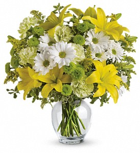 Teleflora's Brightly Blooming in Bend OR, All Occasion Flowers & Gifts