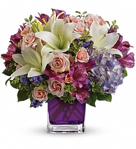 Teleflora's Garden Romance in Chicago IL, Veroniques Floral, Ltd.