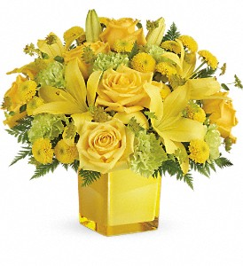 Teleflora's Sunny Mood Bouquet in Lansing MI, Delta Flowers