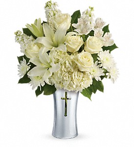 Teleflora's Shining Spirit Bouquet in Vernon Hills IL, Liz Lee Flowers