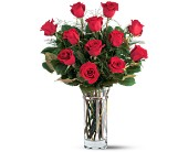 Teleflora's Hearts and Roses Bouquet in El Cerrito CA, Dream World Floral & Gifts