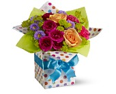 Teleflora's Party Perfect Local and Nationwide Guaranteed Delivery - GoFlorist.com
