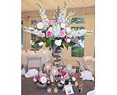 Wedding Centerpiece in Kirkland WA, Fena Flowers, Inc.