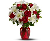 Be My Love - Deluxe in Aston PA, Wise Originals Florists & Gifts
