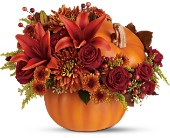 Teleflora's Prize Pumpkin Bouquet - Deluxe in Eldora IA, Eldora Flowers and Gifts