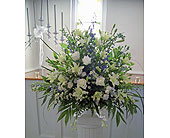 Traditional Classic in St. Petersburg FL, Hamiltons Florist