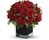 Redmond Flowers - Teleflora's Ravishing Reds - The Flower Lady