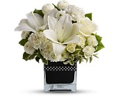 Teleflora's High Society in Maple ON, Jennifer's Flowers & Gifts