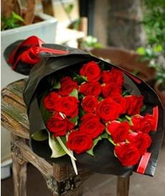 1 Dozen red roses bouquet
