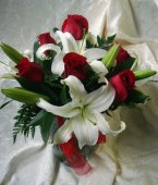 Roses and Lilies in Covington KY, Jackson Florist, Inc.
