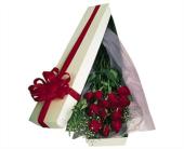 Oak Brook Flowers - Boxed Roses - Jim's Florist