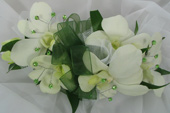 WHITE DENDROBIAN ORCHID CORSAGE W/ GEMS in Ossining NY, Rubrums Florist Ltd.