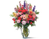 Sunshine and Smiles-Premium in DeKalb IL, Glidden Campus Florist & Greenhouse