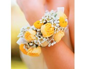 Sunshine and Roses Bracelet in Fairfax VA, Greensleeves Florist