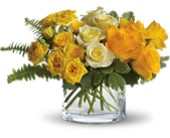 The Sun'll Come Out by Teleflora in Manalapan NJ, Rosie Posies