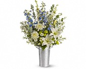 Tuckahoe Flowers - Beachside Bliss - Michael's Bronx Florist, Inc.