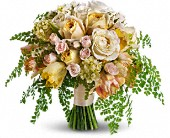 Best of the Garden Bouquet in Metairie LA, Villere's Florist