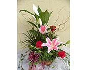 Planter with Roses, Lillies in Sunnyvale CA, Flowers By Sophia