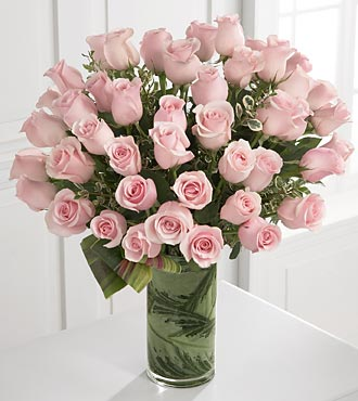 Delighted Luxury Rose Bouquet - 48 Stems of Premiu in Woodbridge VA, Lake Ridge Florist