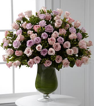 Applause Luxury Rose Bouquet - 72 Stems of Premium in Woodbridge VA, Lake Ridge Florist
