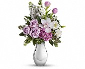 Teleflora's Breathless Bouquet in Rush NY, Chase's Greenhouse