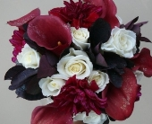 Romantic Reds Bouquet in Green Bay, Wisconsin, Enchanted Florist