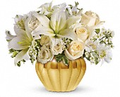 Teleflora's Touch of Gold in Elgin IL, Town & Country Gardens, Inc.