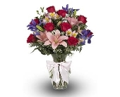 Montville Flowers - Queen Victoria Bouquet - Petals Of Pine Brook