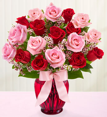 Shades of Pink and Red� in Highlands Ranch CO, TD Florist Designs